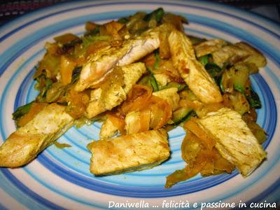 pollo-al-curry-con-carote-e-zucchine-ricetta-n-111
