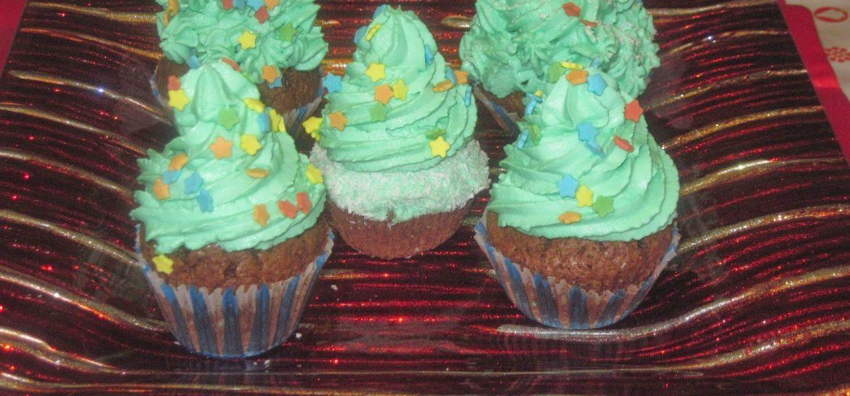 cupcake-con-alberello-di-natale-con-frosting-camy-cream-ricetta-n-151