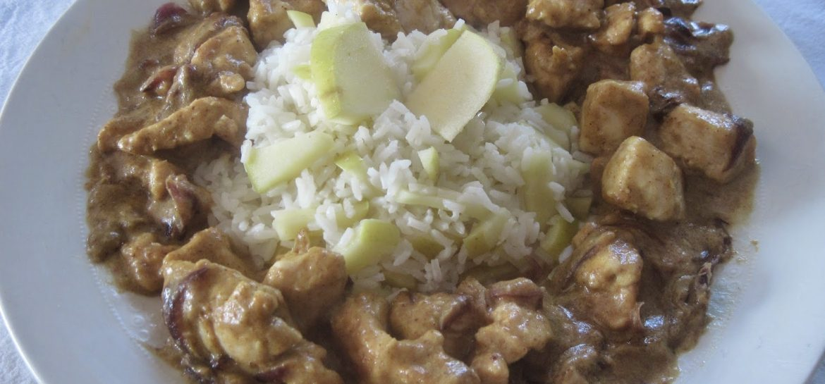 pollo-al-curry-con-riso-thai-e-mela-golden-ricetta-n-175