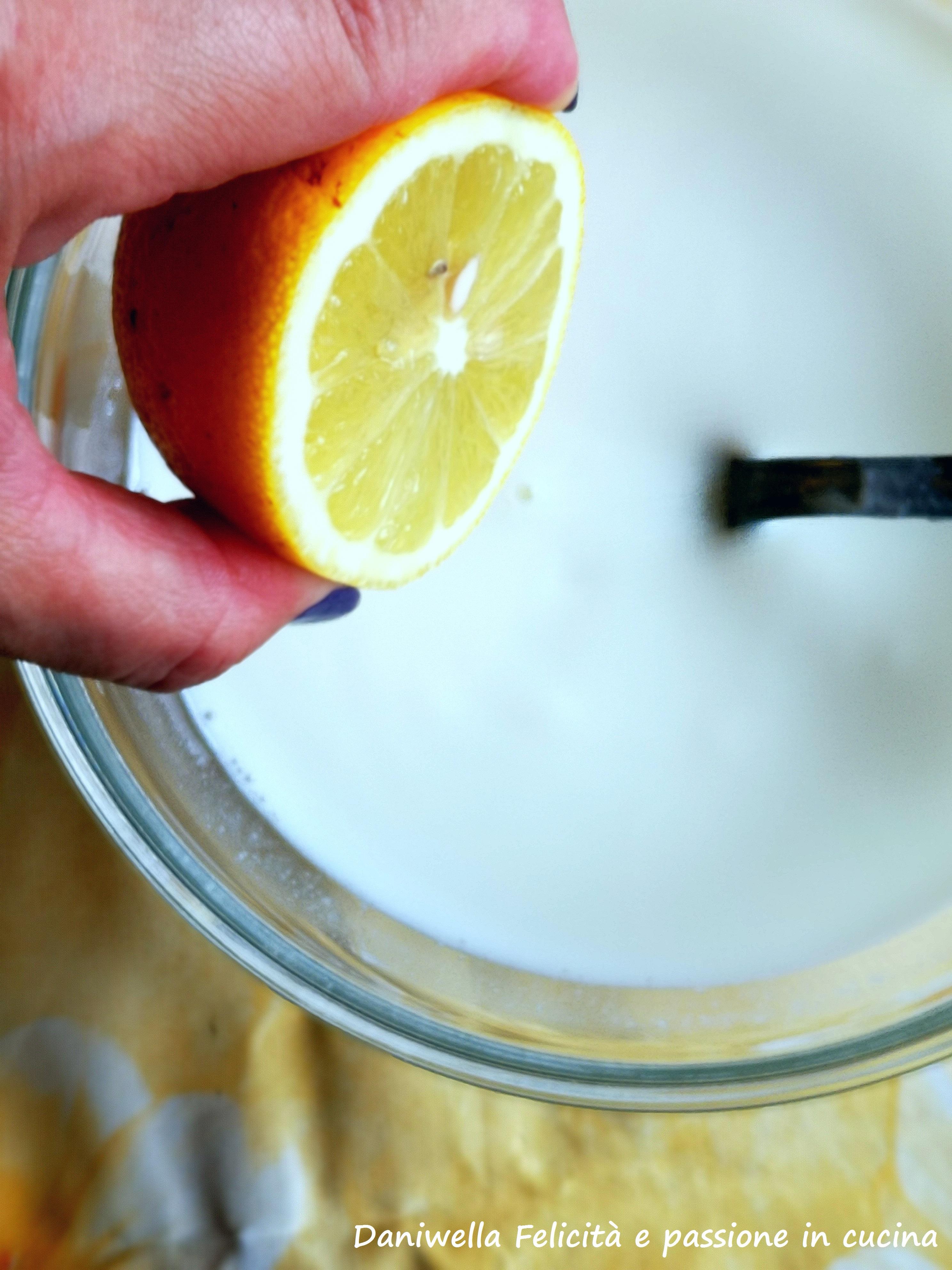 Aggiungete il succo di limone.