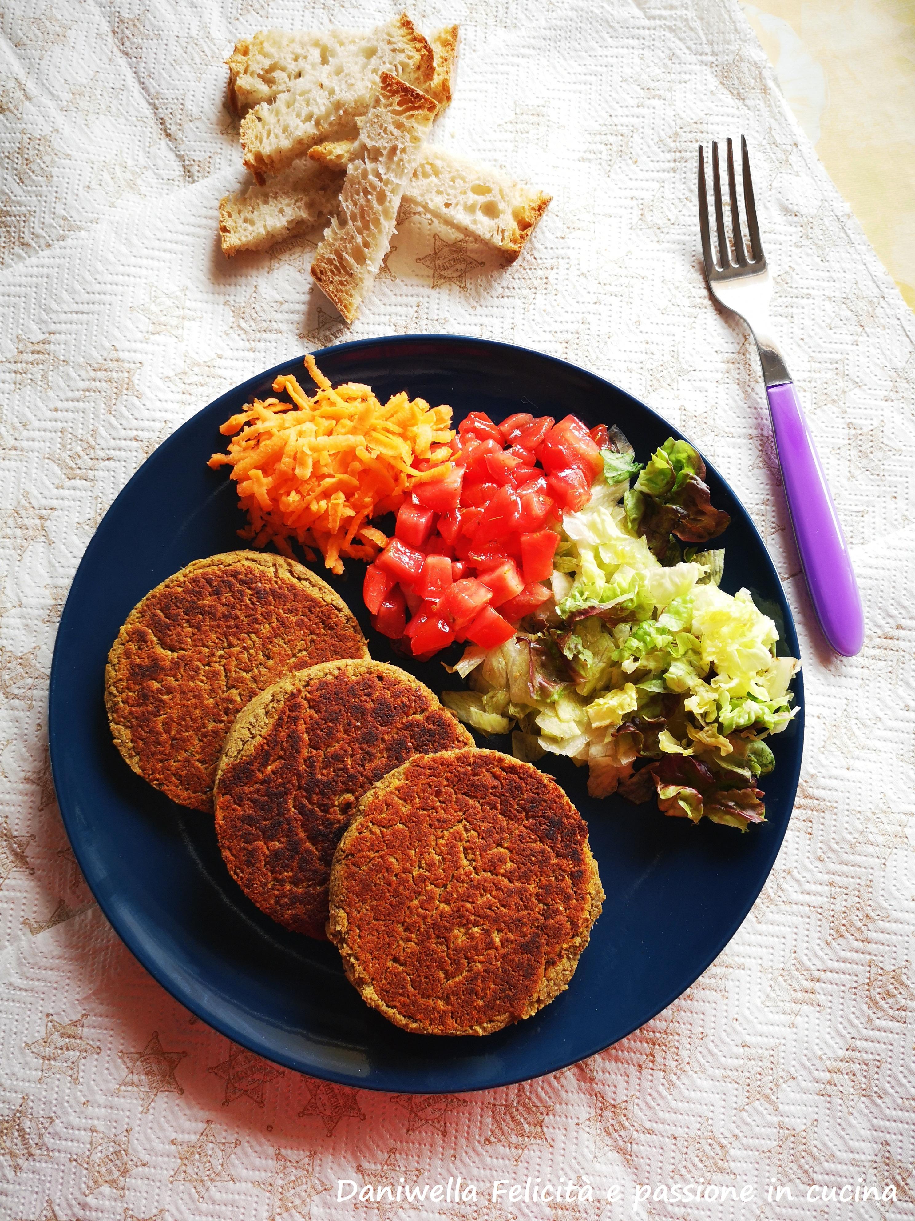 Burger di lenticchie vegetariani –  eppure vegan